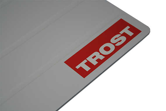apple-ipad-smart-cover-branding-logo-aufdruck-trost
