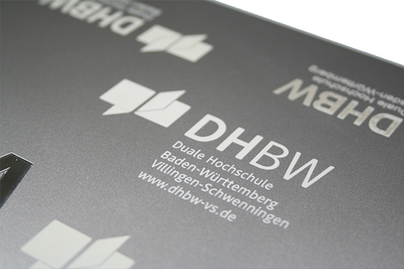 toshiba-laptop-notebook-gravur-lasergravur-branding-dhbw-logo