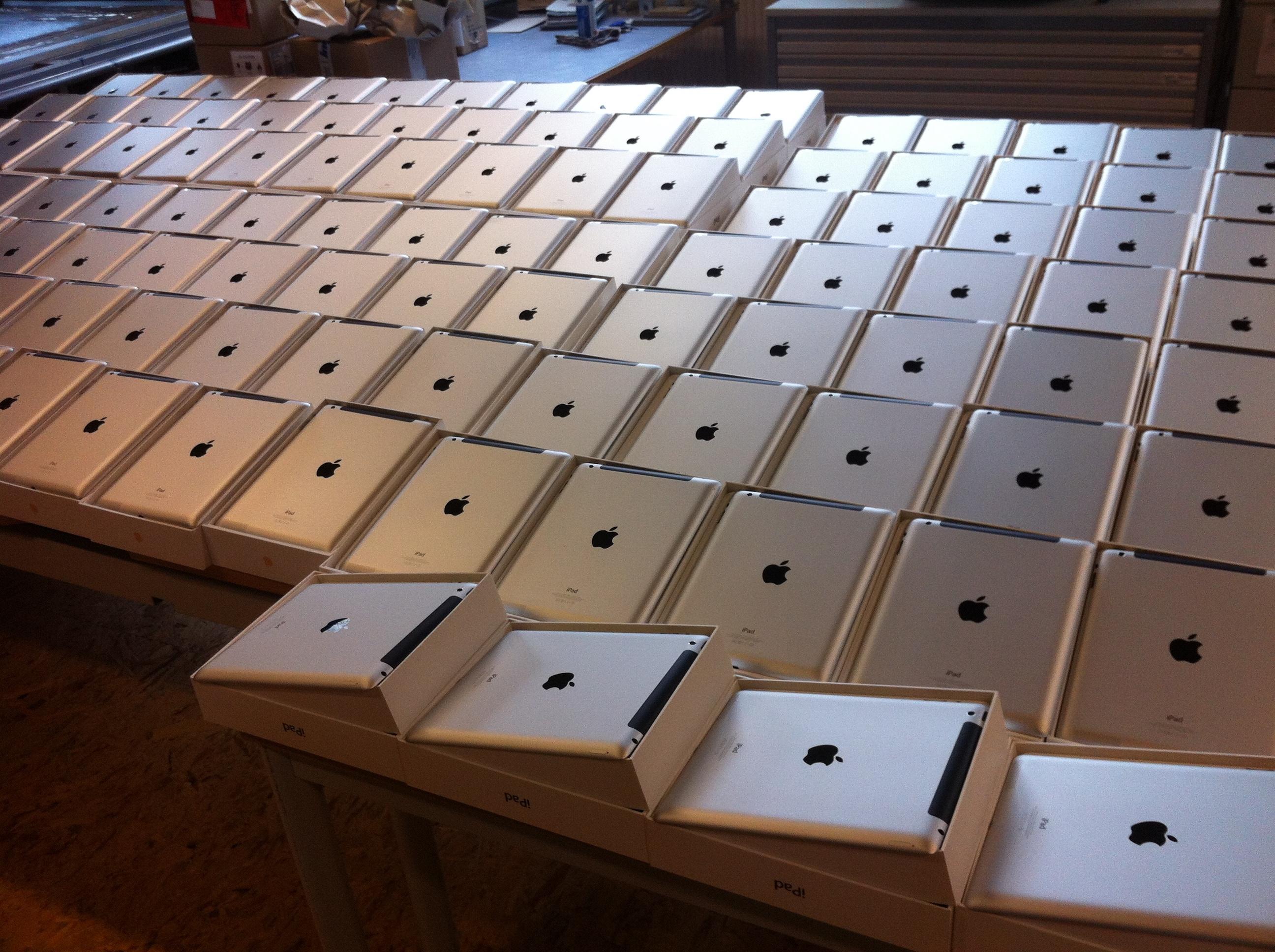 iPads aufgereiht für Branding