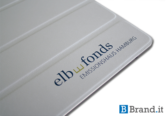 ipad-smart-cover-case-branding-custom-printing-bedruckt-mit-elbfonds-logo
