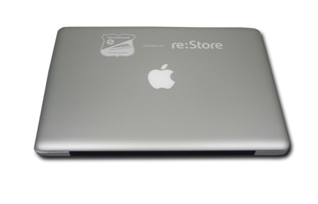 apple-mac-macbook-pro-air-laser-engraved-engraving-tattoo-gravur-graviert-gravieren-re-strore-personalisiert-special-gift-cool